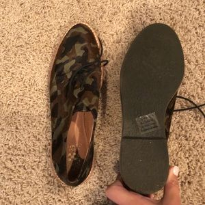Camo shoes - Vince camuto